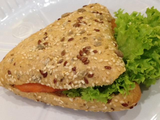 ドバイのサンドイッチ?